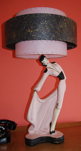 50s figurine lamp